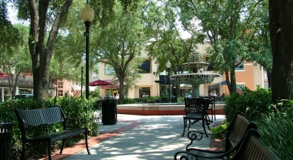 old hyde park village tampa 420x230 Tampa Shopping